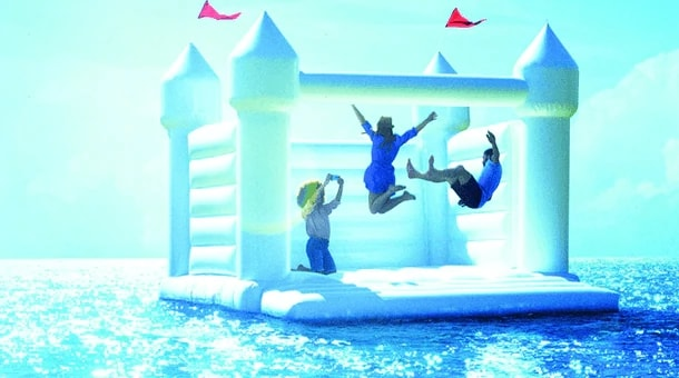 pcg-pg-bouncy-people-graphic