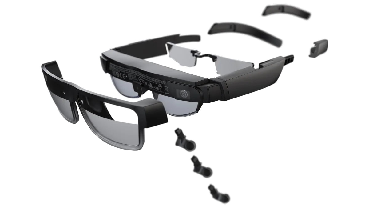 Lenovo ThinkReality A3 smart glasses – exploded view of earpieces, lenses, & nosepieces